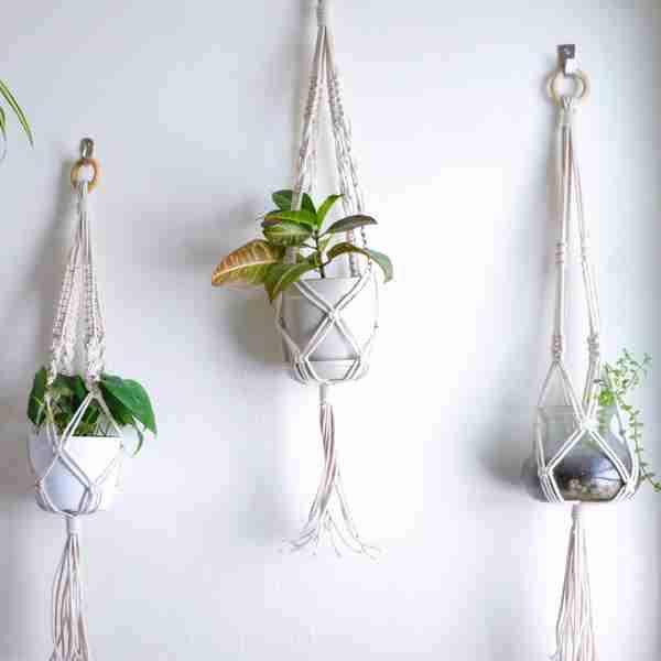 DIY Macrame Pot Hanger